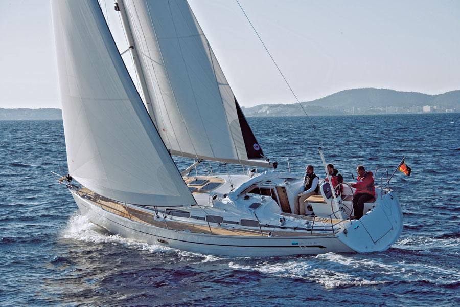 Bavaria 38' Cruiser